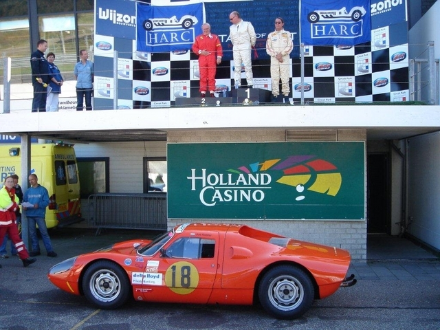 Second place behind a GT40